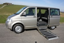 Volkswagen Caravelle 2.5TDI PD AUTOMATIC, SIDE LIF